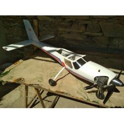 Avião RAEDY ABS